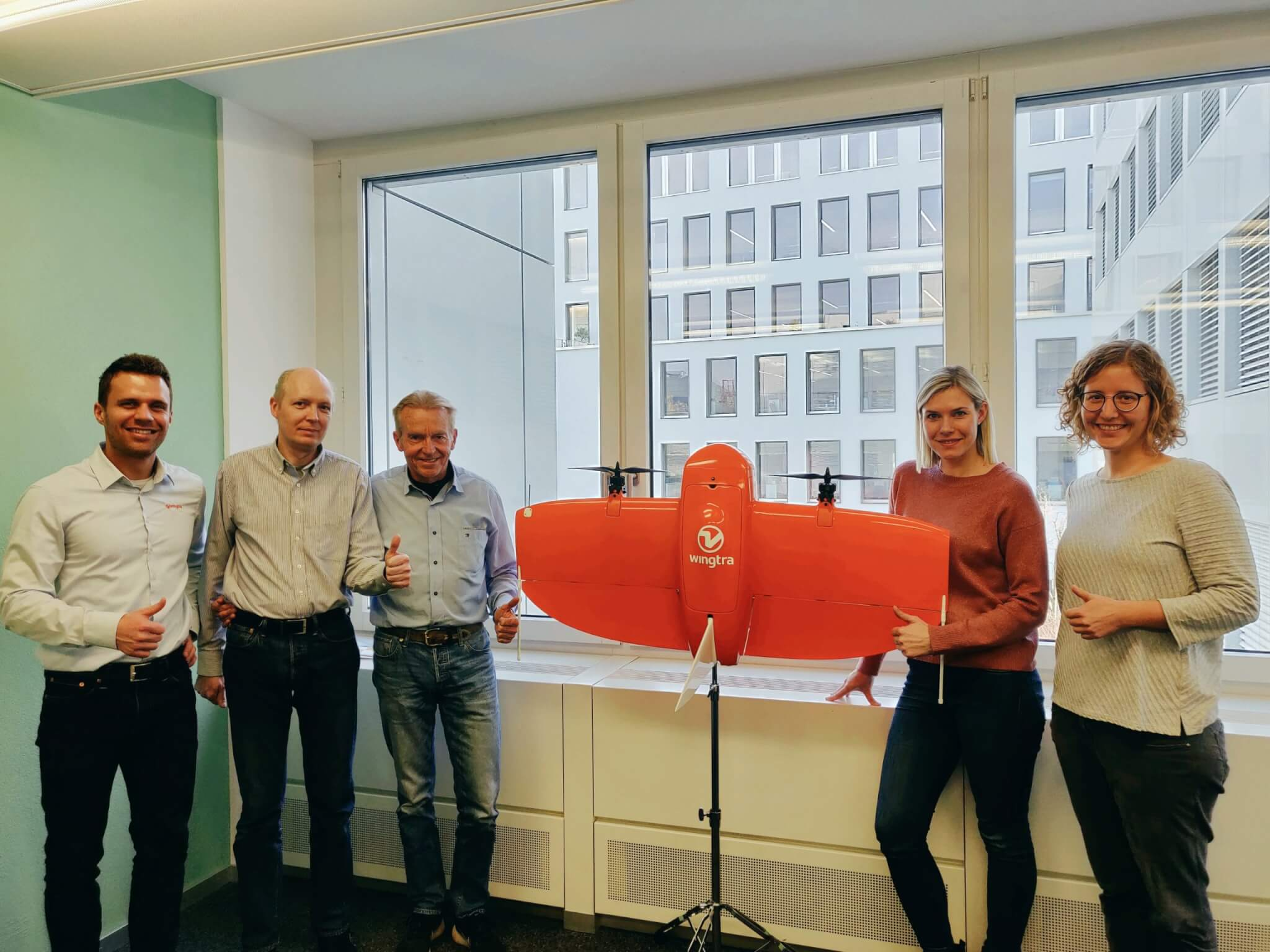 Wingtra and GeoNav ApS Denmark team picture with drone