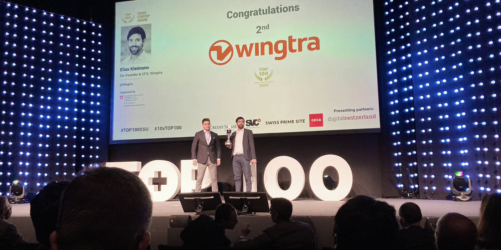 Elias Kleinmann, Wingtra CTO, accepting award